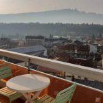 Grand balcon avec vue